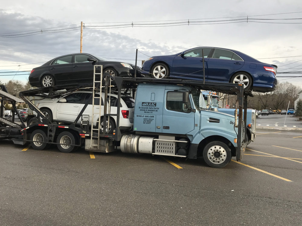 4 Reviews for An Accurate Auto Carrier from Moriches, New York